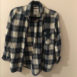 American Eagle Outfitters Sweaters - CUTEST AMERICAN EAGLE PLAID